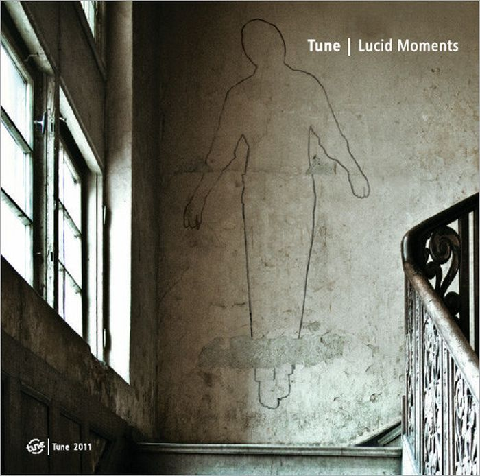 Tune Lucid Moments